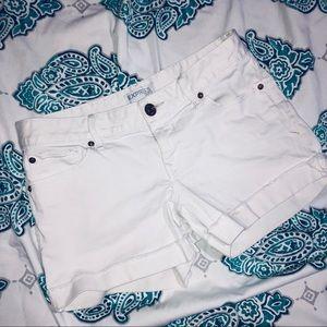 ⬇️Express White Denim Jean Shorts Size 6